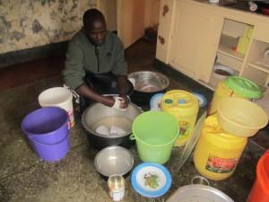 Dan distributing food to Kenya's orphans