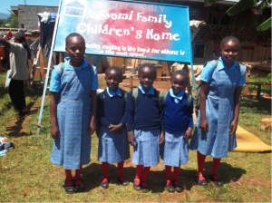 Munaini Primary School Girls - Kenya